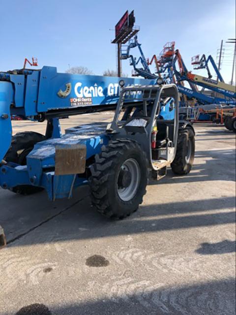 2012 Genie GTH-1056