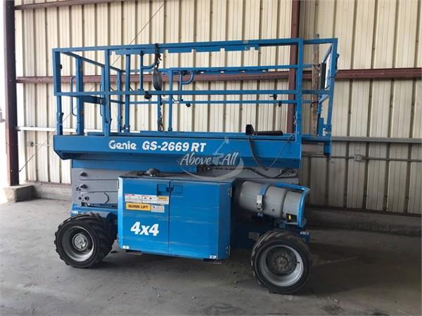 2012 Genie GS-2668RT