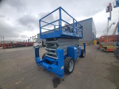 2011 Genie GS-5390 RT
