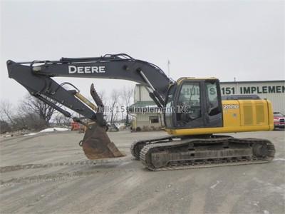 2012 John Deere 200