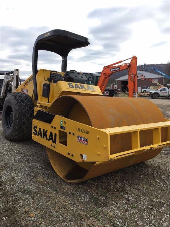 2015 Sakai SV540D