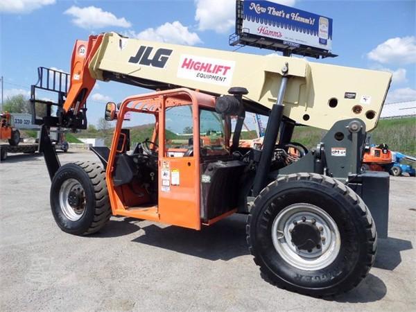 2011 JLG G10-55A