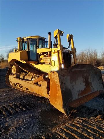 2003 CAT D8R