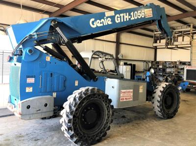2013 Genie GTH-1056