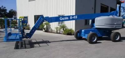 2019 Genie S-45