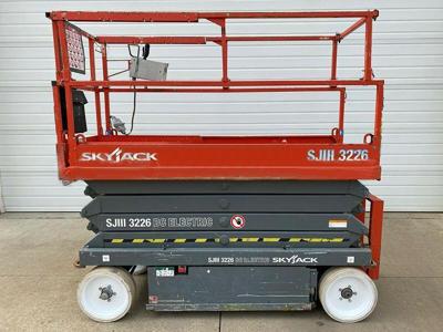 2012 Skyjack SJ-3226