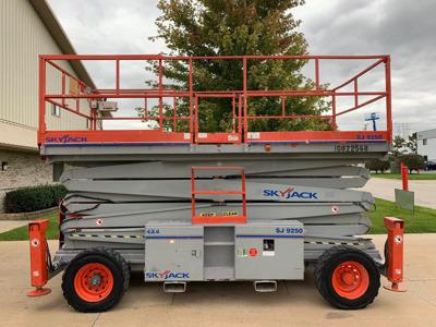2012 Skyjack SJ-9250