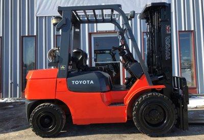 2004 Toyota 7FGU30