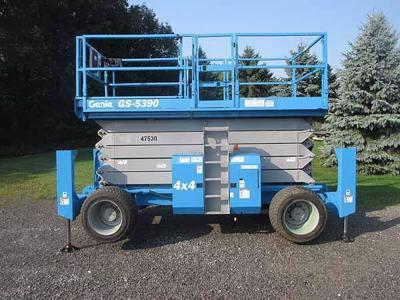 2011 Genie GS-5390
