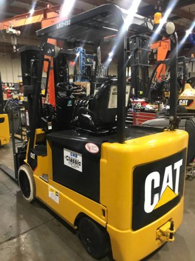 2012 CAT E6000