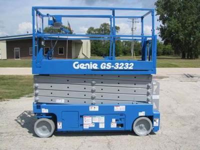 2013 Genie GS-3232
