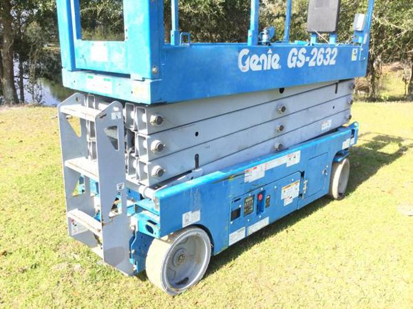 2013 Genie GS-2632