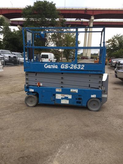 2012 Genie GS-2632