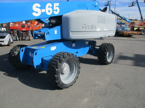 2012 Genie S-65