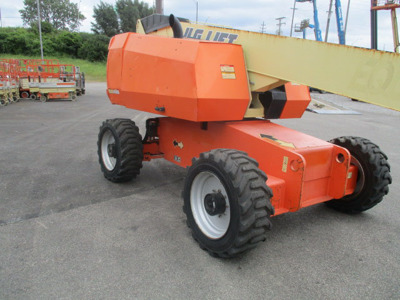2011 JLG 660SJ